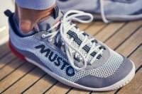 MUSTO Fußbekleidung