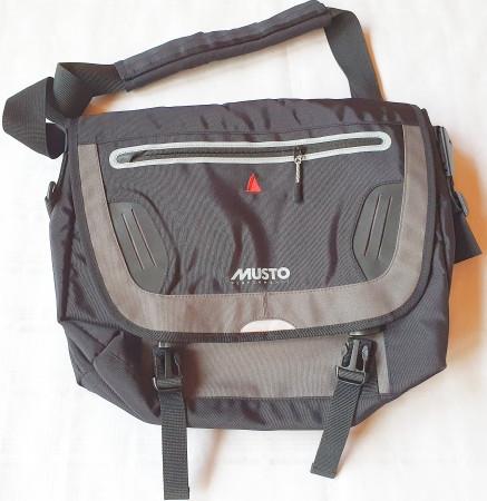 MUSTO Skippertasche mit Laptop-Fach
